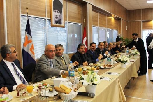 Ataşehir Kaymakamı YEDPA Ticaret Merkezini ziyaret etti